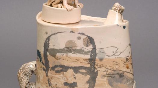 'The Sphinx' teapot. 2004. - Stephen Dixon
