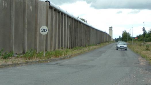 Inner Perimeter Wall, Maze Prison June 2007 - Fionna Barber