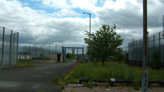 Outside H4, Maze Prison June 2007