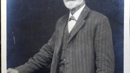 Photographic portrait of Arthur H. Lee (1853-1932) by Elliot & Fry - Philip A Sykas