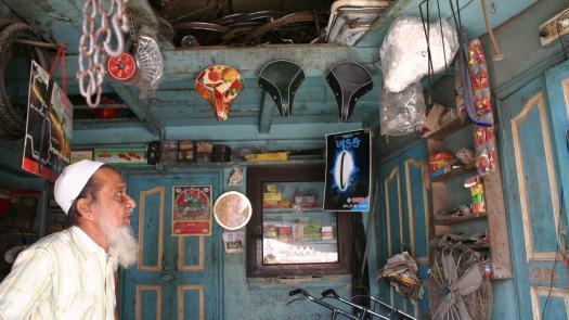 Lala Bhai's repair shop, Ahmedabad. - Stephen Dixon