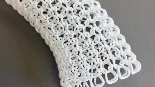 Twist knit detail