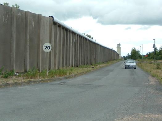 Inner Perimeter Wall, Maze Prison June 2007