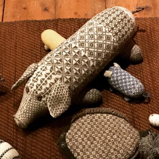 Pattern Puppets developed by artist Anu Raud