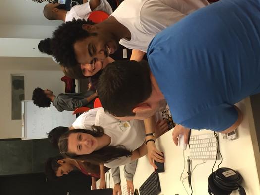 Working together at Oi Kabum! Ipanema, Rio 2016
