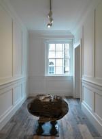 Eduardo Paolozzi bronze 'frog' in situ in Raven Row